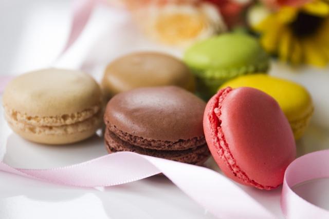 ホワイトデーのお返しお菓子の意味とおすすめ お菓子以外で人気なのは?