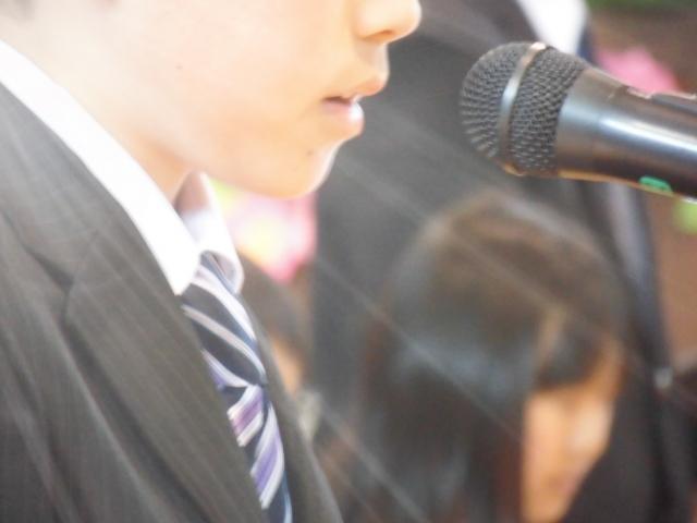 大学入学式 男子のスーツの色や値段とコーディネートに必要な物