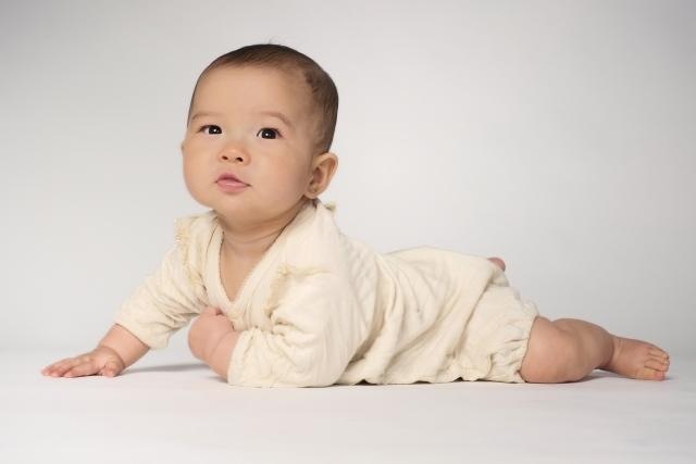 赤ちゃんのあせもは夏と冬に注意 予防と対策や何科に受診する?